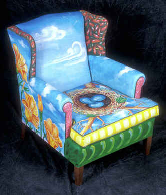 Sue Ellen Paints Old Thrift Store Furniture. This Is Her U201cnestu201d With Three  Eggs.